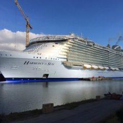 7000 Kişilik Dünyanın En Büyük Tatil Gemisinden Muhteşem Görüntüler