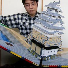 Legolardan Katlanabilir Kale Yapan Muhteşem Çocuk
