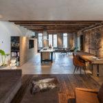 Özgün Bir Aile Evine Dönüştürülen Ofis Alanı