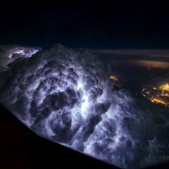 Bir 747 Pilotunun Gözünden Uçuş Anında Çekilmiş Fırtına ve Gökyüzü Fotoğrafları