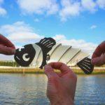 Kağıtları Keserek Ünlü Mekanlara Ekleyen İnanılmaz Yaratıcı Fotoğrafçı